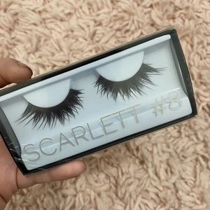 Huda Beauty Scarlett #8 Lashes!